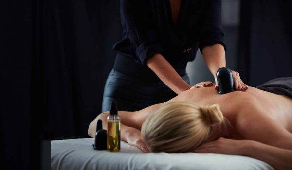 woman-massage-copping-spa-copperhill-mountain-lodge